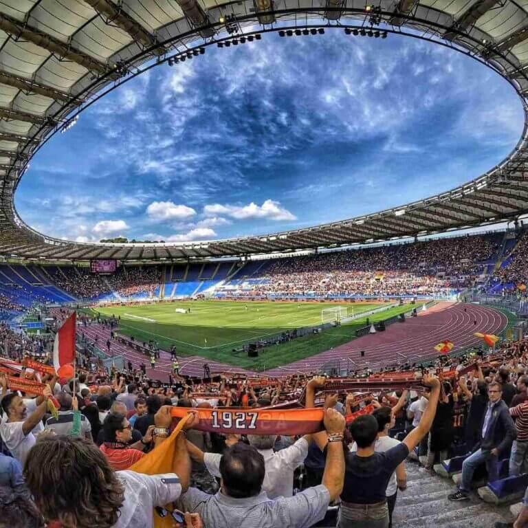 Billede af fodbold i Rom - AS Roma og SS Lazio.