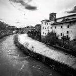 Tiberøen i Rom - Sort-hvid billede