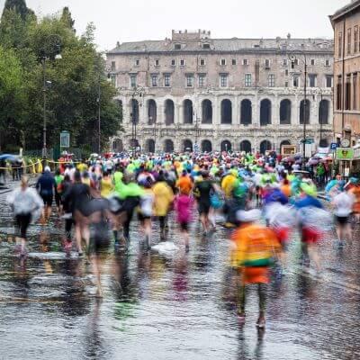 Det årlige maratonløb i Rom i marts måned